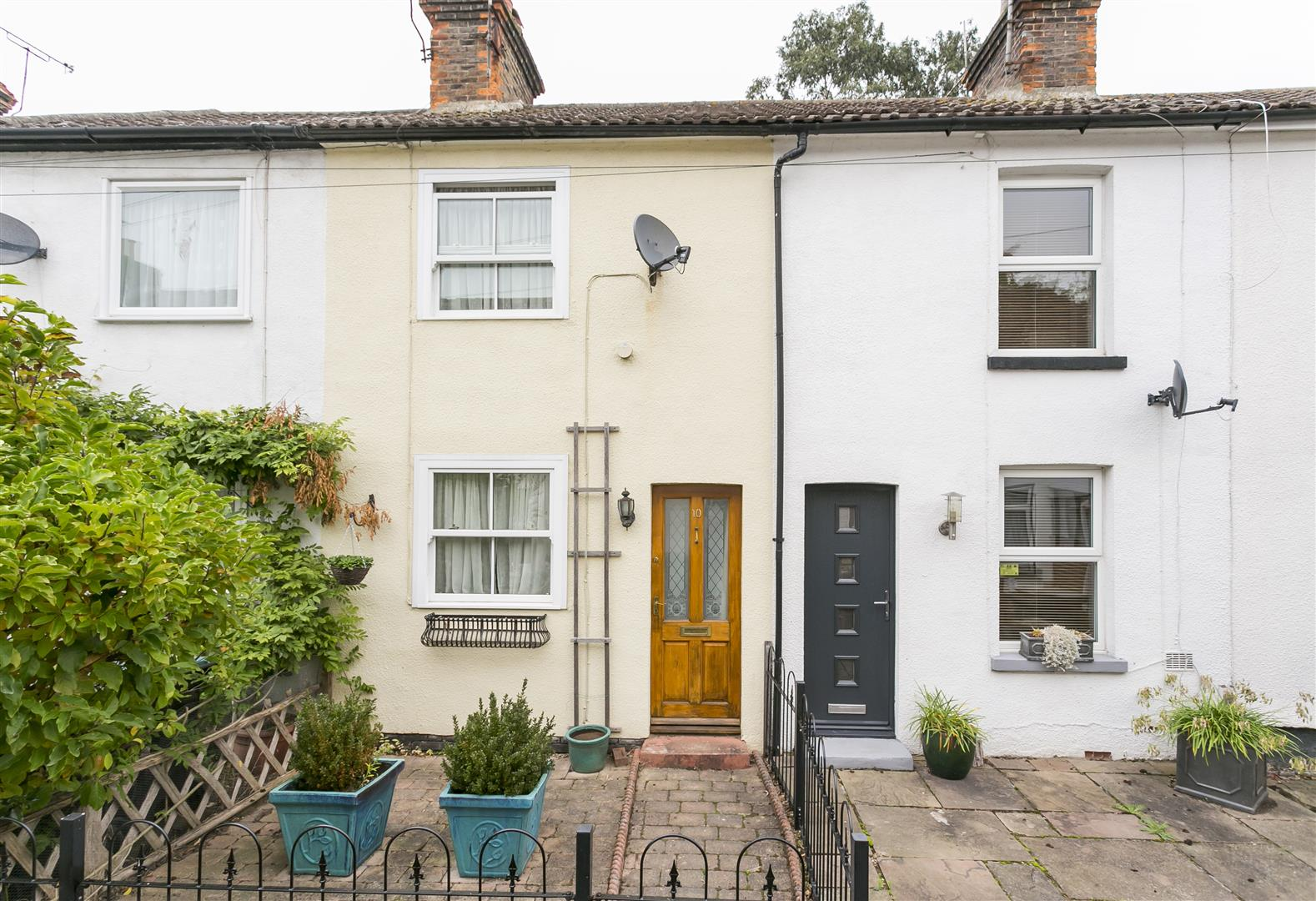 2 Bedrooms House for sale in Bow Terrace, Off Bow Road, Wateringbury